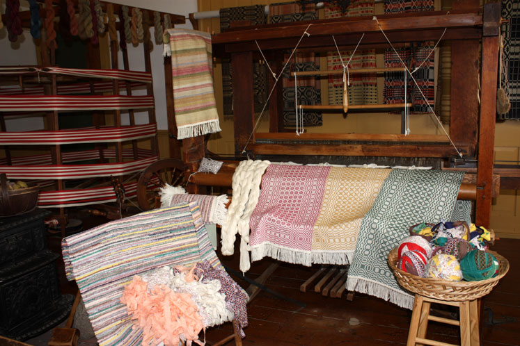Toronto Photos :: Black Creek Pioneer Village :: Black Creek Pioneer Village - a rug-making workshop