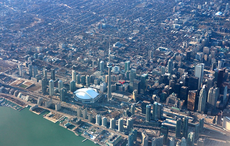 Toronto Photos :: Sergey-Tishin :: Toronto. A view at CN Tower from the airplane