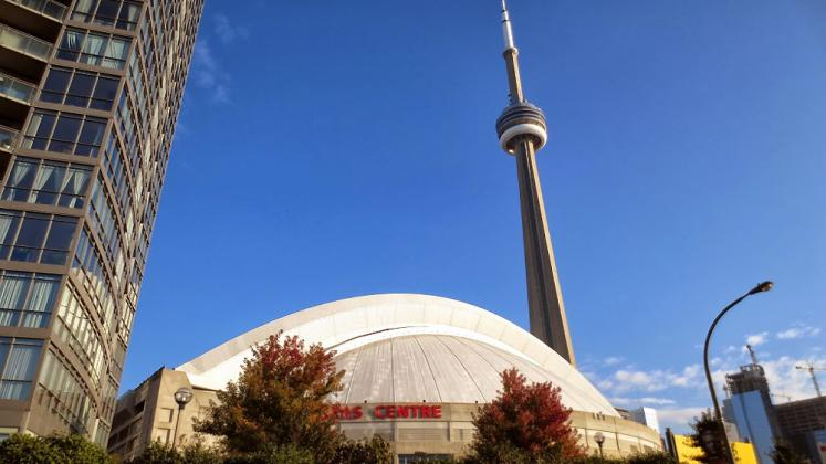 Toronto Photos :: Polin :: CN Tower and Rogers Centre