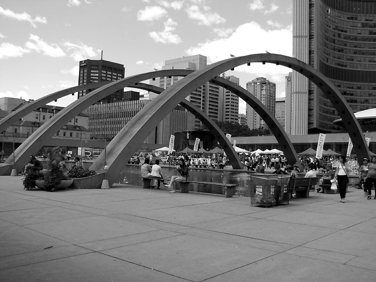 Toronto Photos :: Nathan Phillips Square  :: Nathan Phyllip Square