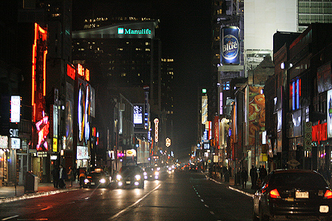 Toronto Photos :: RomKri :: Toronto. Night lights on Yonge Street