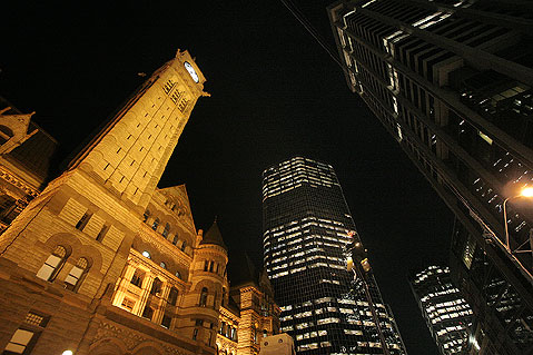 Toronto Photos :: City Hall :: Toronto. Old City Hall and commercial buildings
