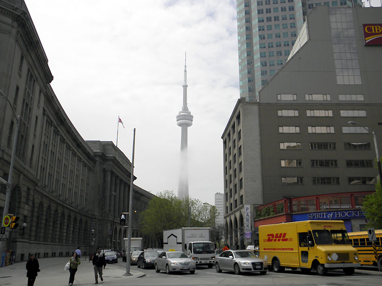 Toronto Photos :: Union Station :: Union Station & CN Tower