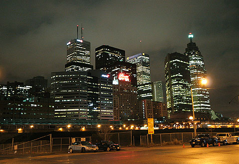Toronto Photos :: Panoramic views :: View of Toronto downtown from the Gardiner Expressway