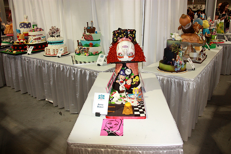 Toronto Photos :: Canadas Baking And Sweets Show 2013 :: Canada`s Baking & Sweets Show 2013 - Mad Hatter