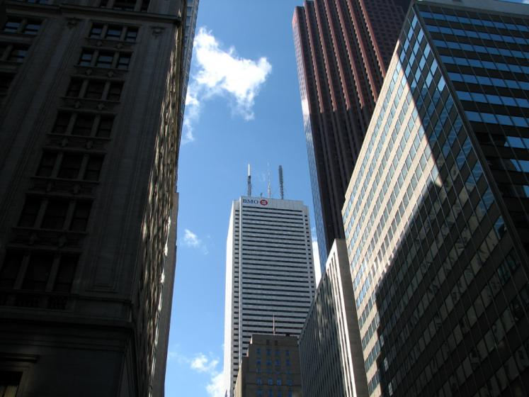 Toronto Photos :: King Street :: First Canadian Place building