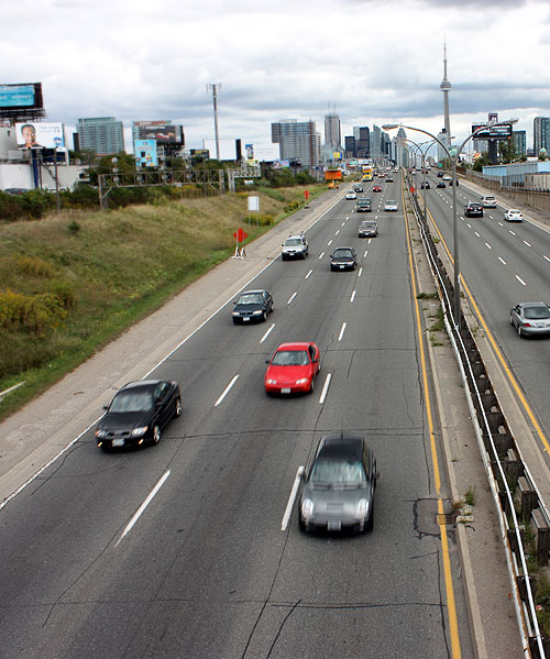 Toronto Photos :: CN Tower :: Toronto. Gardiner Expressway
