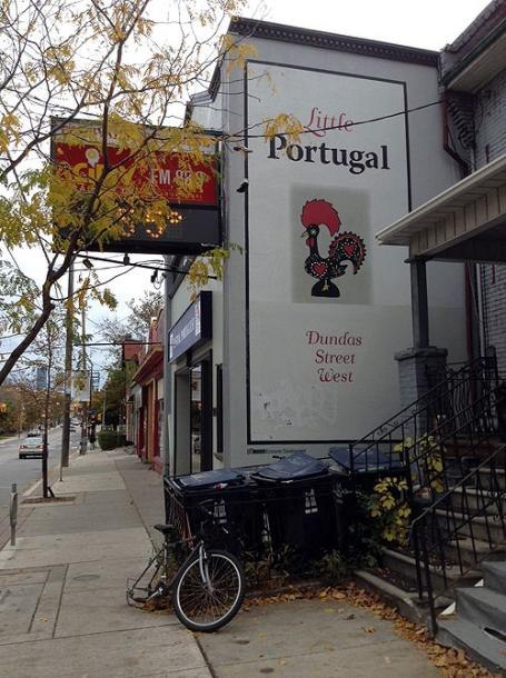 Toronto Photos :: Toronto  Misc :: Little Portugal