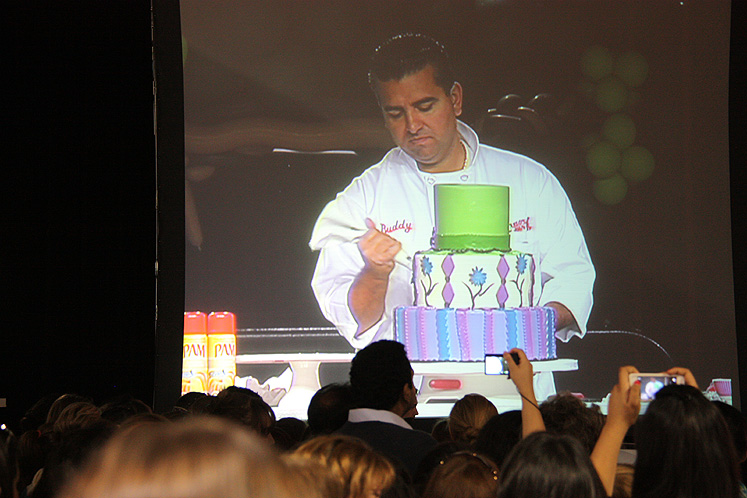 Toronto Photos :: Canadas Baking And Sweets Show 2013 :: The Cake Boss on a big screen at Toronto Baking Show 2013