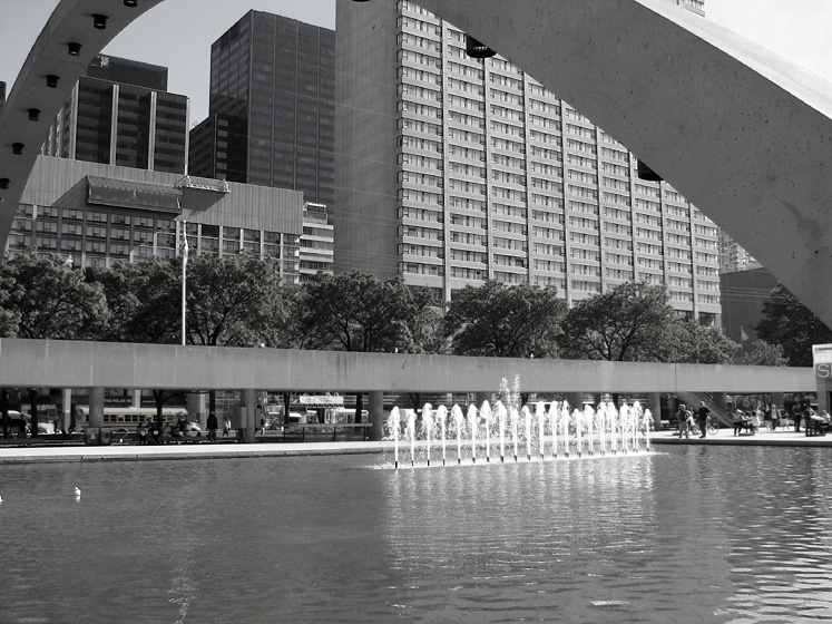 Toronto Photos :: Nathan Phillips Square  :: Fountains at the Nathan Phillip Square