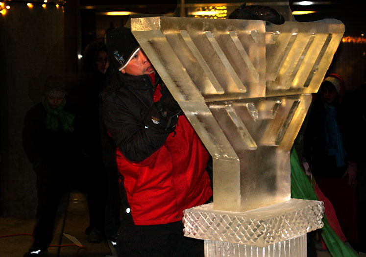 Toronto Photos :: Nathan Phillips Square  :: Nathatn Phillip Square - Hanukkah celebration - an ice-carved minora