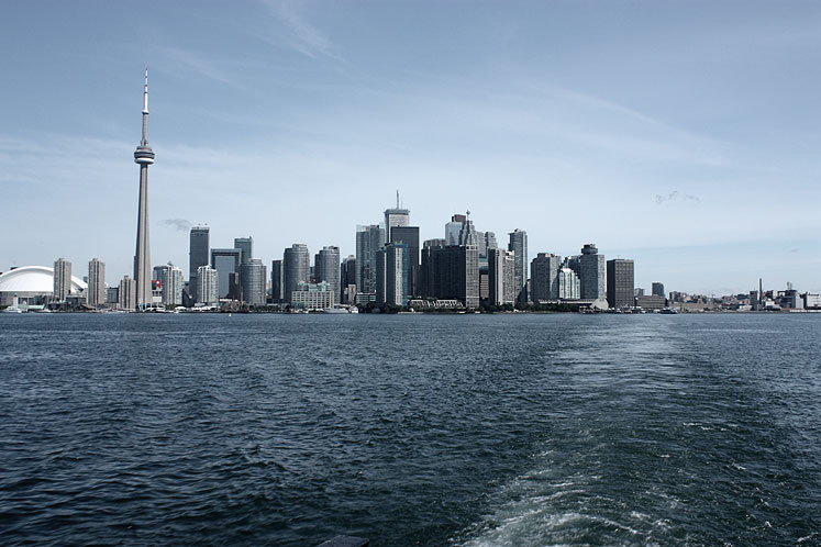 Toronto Photos :: CN Tower :: Toronto. A veiw from a boat