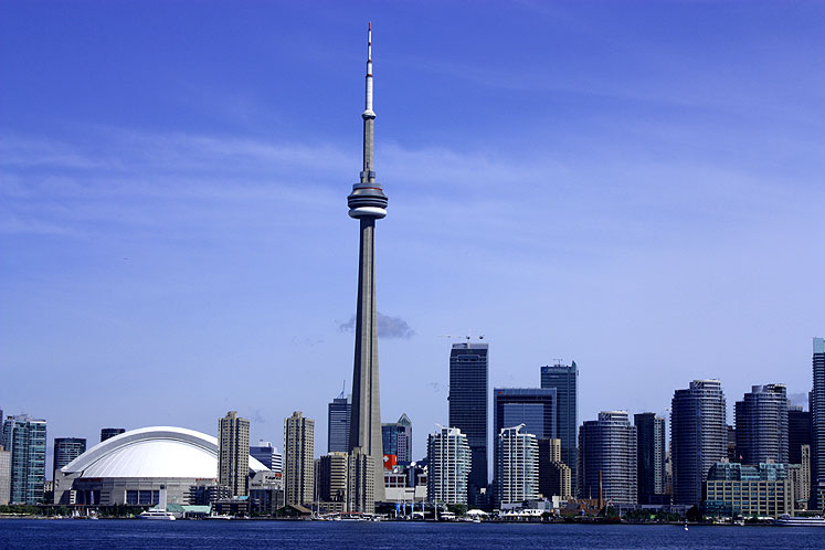 Toronto Photos :: Waterfront :: Toronto. A view on downtown from a boat