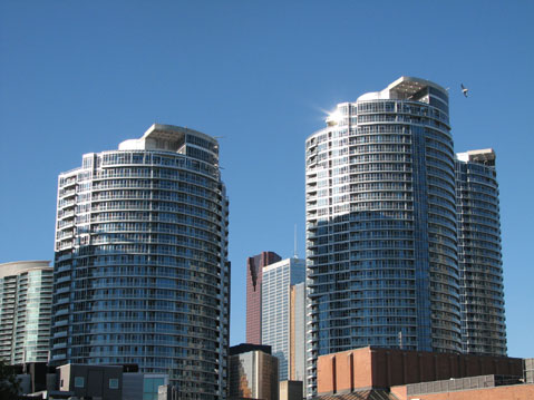 Toronto Photos :: Waterfront :: Toronto. Condominium on Harbourfront